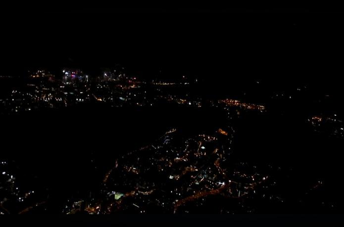Night Landing HKG
