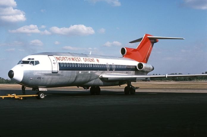 Boeing_727-51C,_Northwest_Orient_Airlines_JP6399046