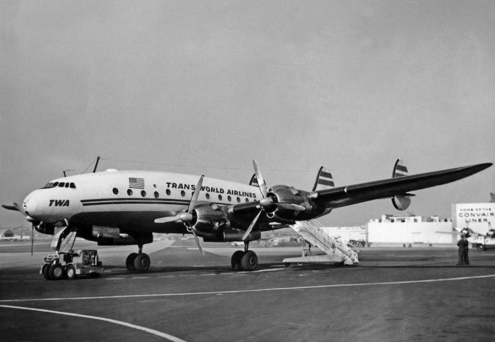 Lockheed_L-049_Constellation,_Trans_World_Airlines_(TWA)_JP7293287